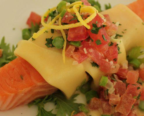 Confit salmon canneloni