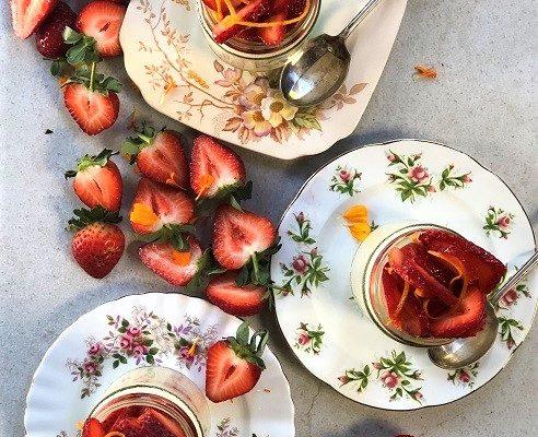 Strawberry Yoghurt pannacotta